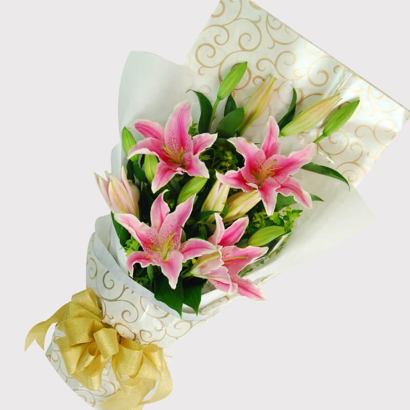 【巧繪網—感恩‧母親節花束】FL040051網路花店‧典雅佳人=5朵百合配當季新鮮花材