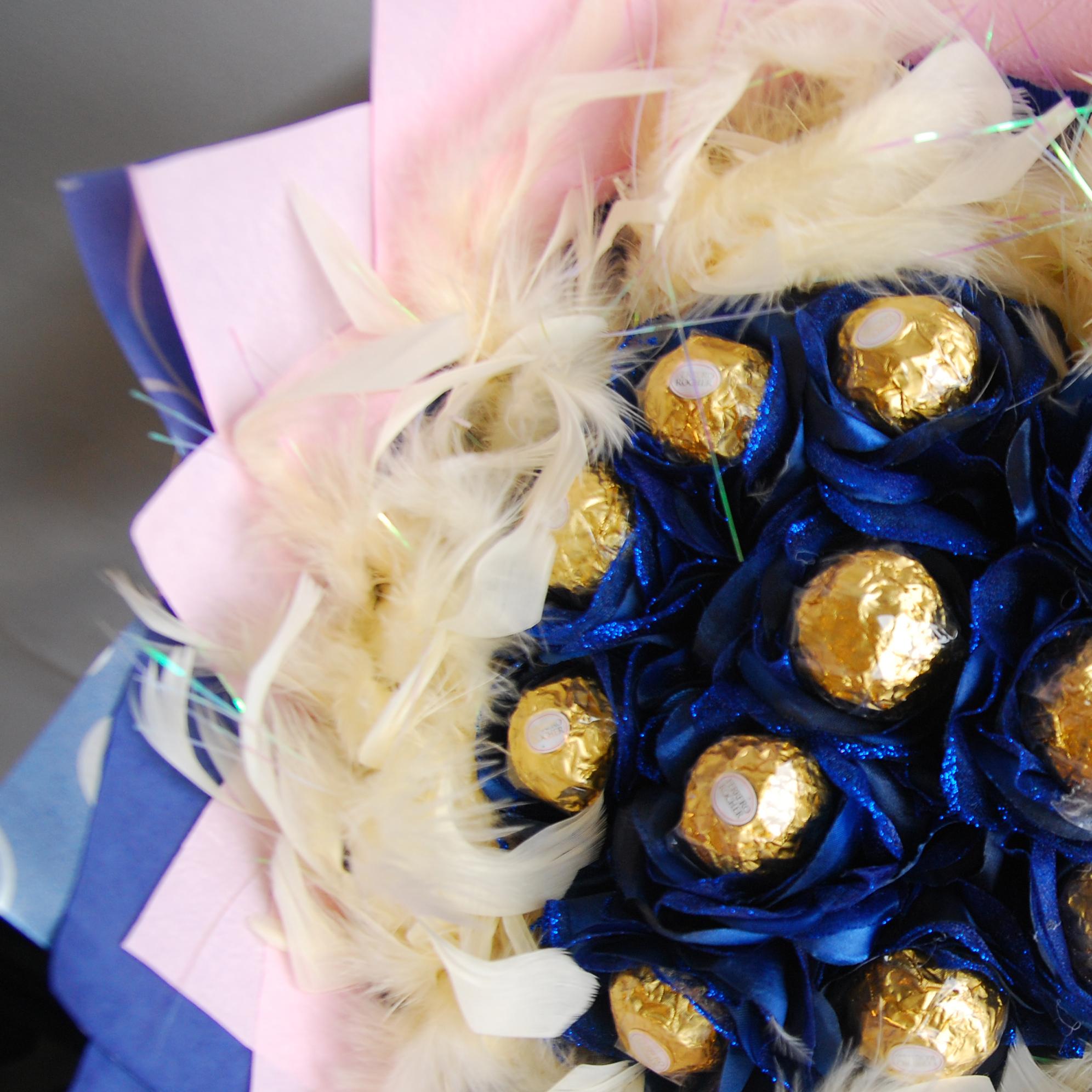 【巧繪網-G040017藍色精靈】十一顆金莎巧克力 / 線上花店 /傳情花束/ 生日禮物 / 金莎花束
